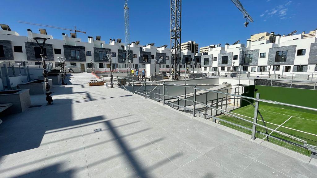 Avance de obras Residencial Suertes de la villa Junio 2021 zona padel